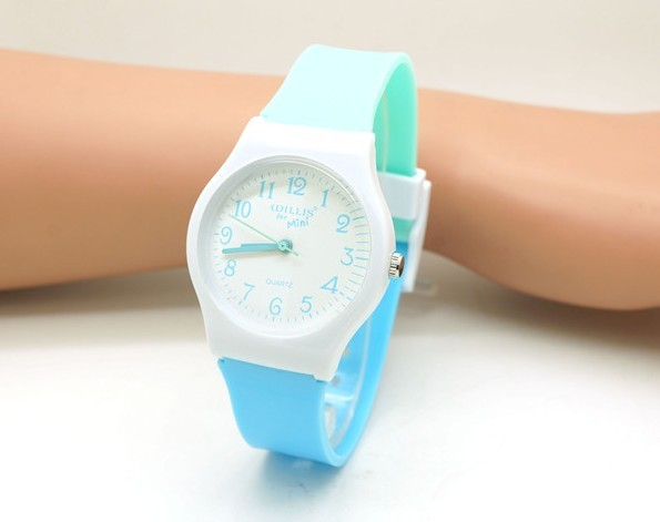 Women WILLIS Brand Watch Leisure Quartz Clock Waterproof Wristwatch Silicone Fas