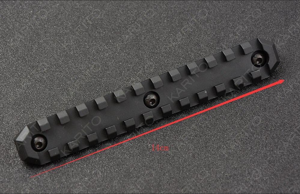 En alliage d'aluminium CNC M-LOK 13 Slots Rail Panneau Picatinny Weaver rail handguard côté multi-fonction base M1287