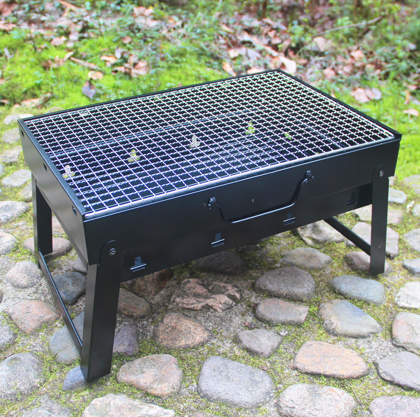 Outdoor Picnic BBQ Grills Large Size Stainless Steel Barbecue Stove Portable Folding Rack BBQ Tools Medium Charcoal Grills