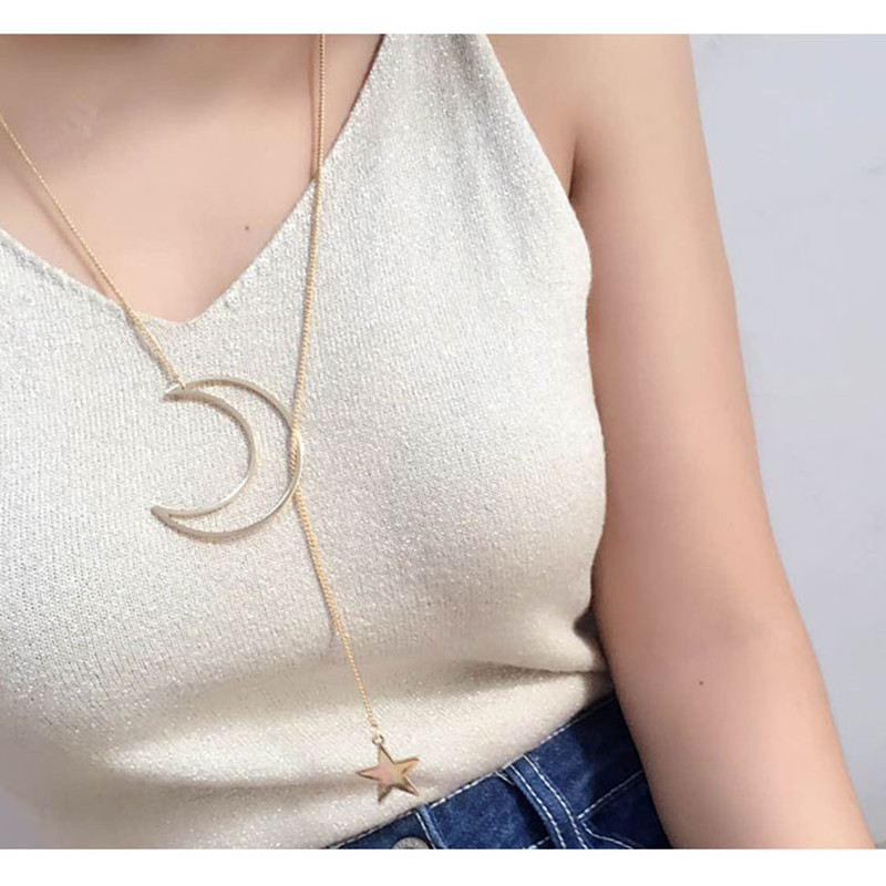 x17 New Style Moon & Star Pendant Necklace 2017 Hot Sale Gold Color Long Chain Necklace For Women Simple Design Fashion Jewelry