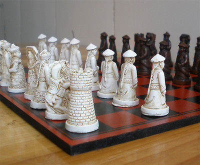 Tsing Dynasty 3D Chessman Grace Vingtage Chess with Nice Dragon Pattern Wood Box Tsing Dynasty 3D Chessman Grace Vingtage Chess with Nice Dragon Pattern Wood Box