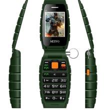 """Drei SIM Ursprünglichen Telefon SERVO V7 2,4 """"3 sim-karte 3 standby handy Taschenlampe GPRS Energienbank Russische tastatur Handy"""