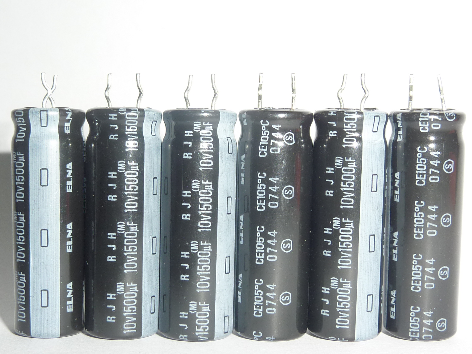 5pcs 1500uF 10V ELNA RJH Series 10x30mm Extra Low Impedance 10V1500uF Audio Capacitor