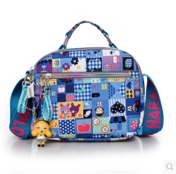 Harajuku عاشق کیف دستی عروسک ، کیسه های نایلونی ضد آب کیسه های زنانه ، یک کیف دستی کیسه ای برای مادران کیف دستی زنان است