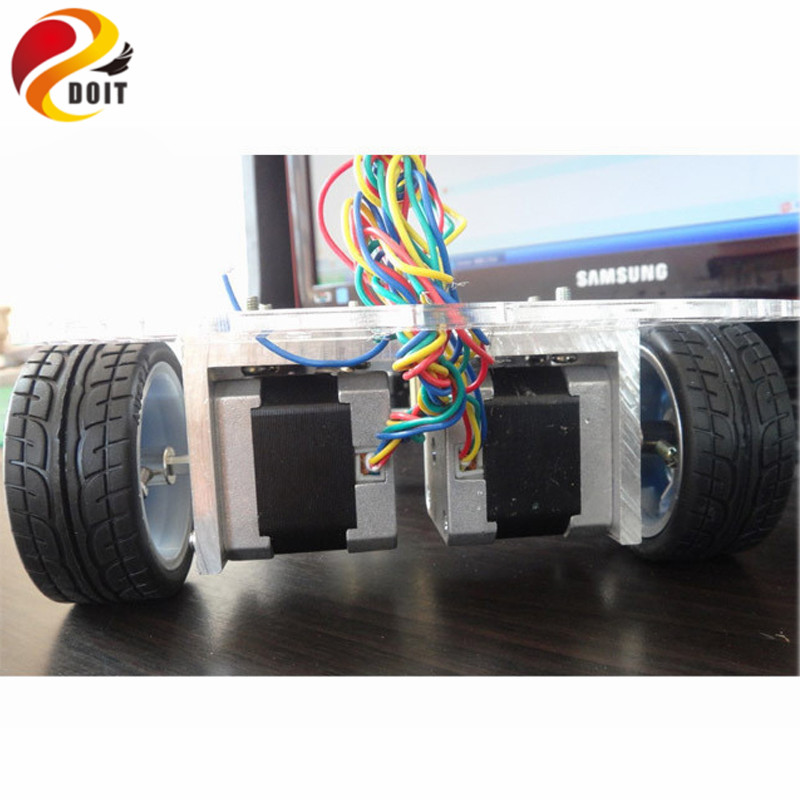 цена на DOIT Smart RC Car Chassis Stepper Motor Stepper 42 Robot Contest PCduino UNO R3 DIY Electronic Kit Starter Development