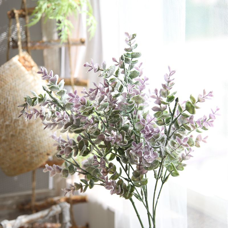 Wedding Altar Flowers With Eucalyptus: The Simulated Flower Eucalyptus Leaf Holds The Flower
