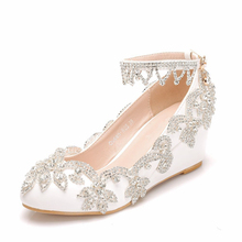 lace pearls wedding shoes woman plus sizes low med high heel brides lady party proms dress shoes white lace bridal wedding shoe Med Wedges Heel White Rhinestone Wedding Shoes Woman Handmade Sweet Princess Lady Flower Girls Party Dancing Dress Shoe XY-A0169