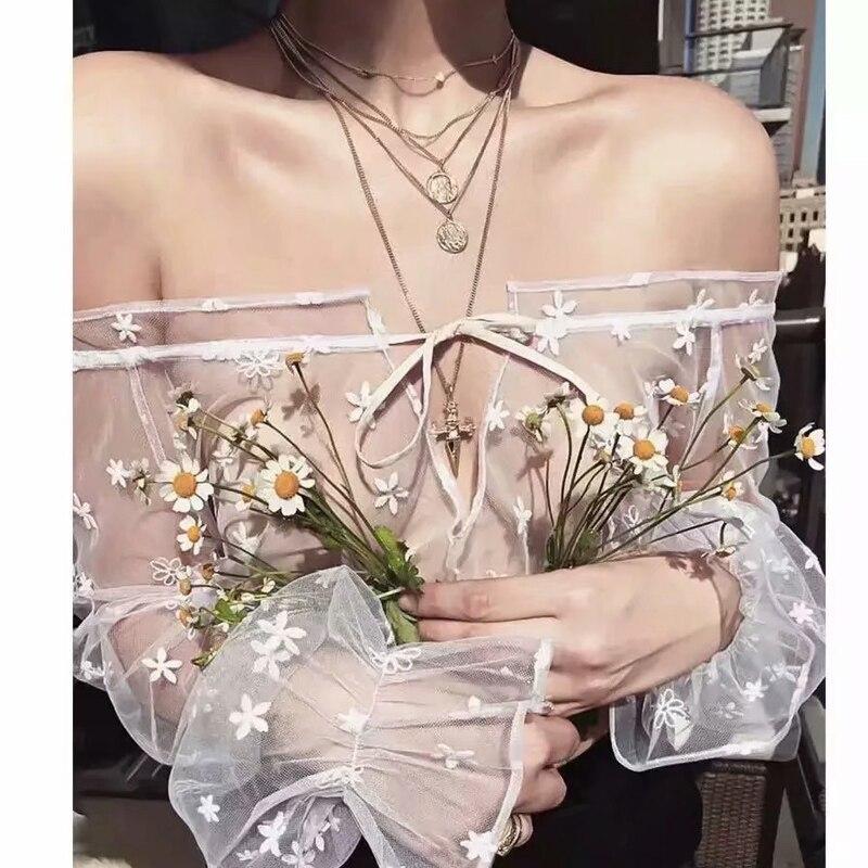 2018 été très Sexy voir à travers la dentelle Blouse broderie florale hors épaule Slash cou Type lanterne manches femmes chemise