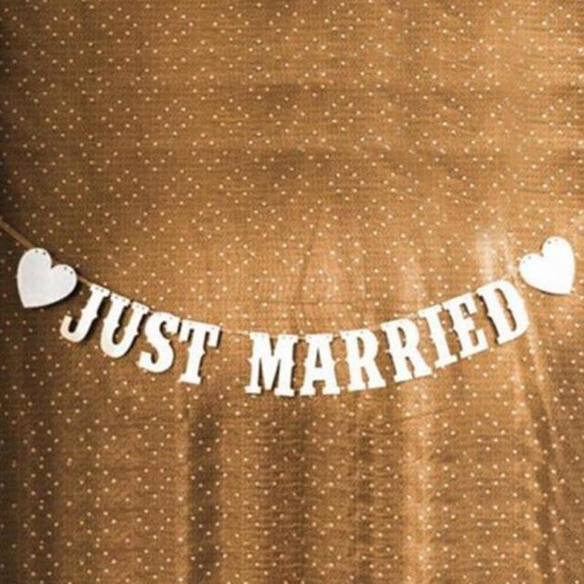 94ed90647eca Romantic Elegant Just Married wedding decoration Event Vintage Wedding  Supplies Bunting Banner Photo Booth Props Garland-in Photobooth Props from  Home ...