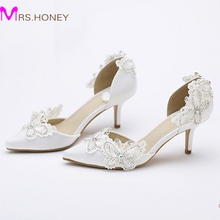 Kitten Heel Pointed Toe Bridal Shoes Women White Satin Pumps Butterfly Rhinestone Wedding Party Shoes Mother of the Bride Shoes