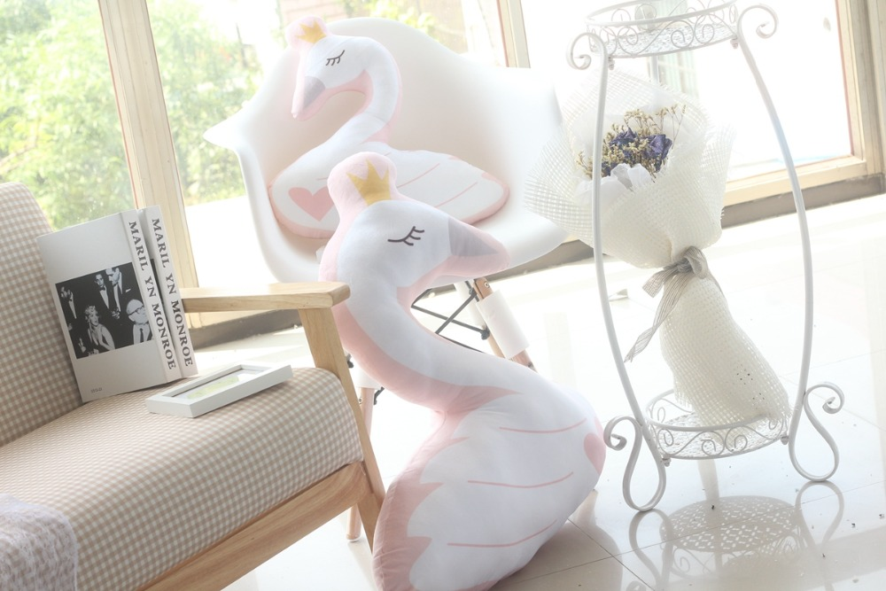 High Quality swan cushion