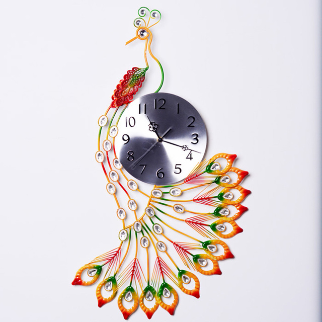 Creative Elegant Peacock Metal Clock Watch Diamond Feather Mute Quartz Digital Needle Art Wall Clock Tea Room Decoration Decor