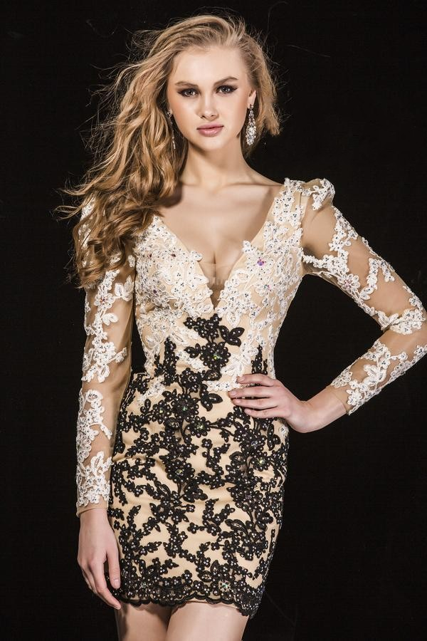 49530ee876 Luxury lace appliques v neck sheath Cocktail Dress long Sleeves Homecoming  Dress Mini short Prom Dress ED438-in Cocktail Dresses from Weddings    Events on ...