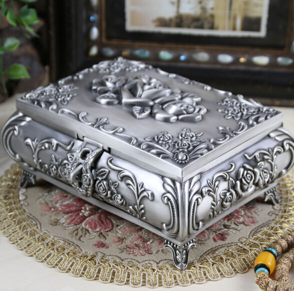 Size L - Vintage Jewellery Case Fashion Jewelry Box Zinc-alloy Metal trinket box Carved Flower Rose Square Shaped