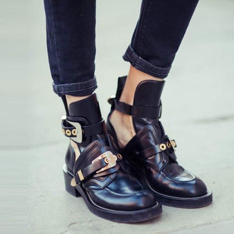 hot sale online 0f559 5e129 US $46.55 50% OFF|Teahoo Gold Silber Schnalle Stiefeletten für Frauen  Fashion Cut out Gladiator Niedrigen Ferse Schuhe Motorrad Stiefel Frühling  ...