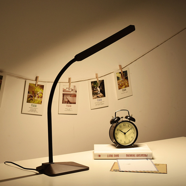 Wood Grain Reading LED Desk Lamp 8W Table Lamp,Memory Function,Touch Sensitive Control,5 Dimming Levels,5 color Temperatures