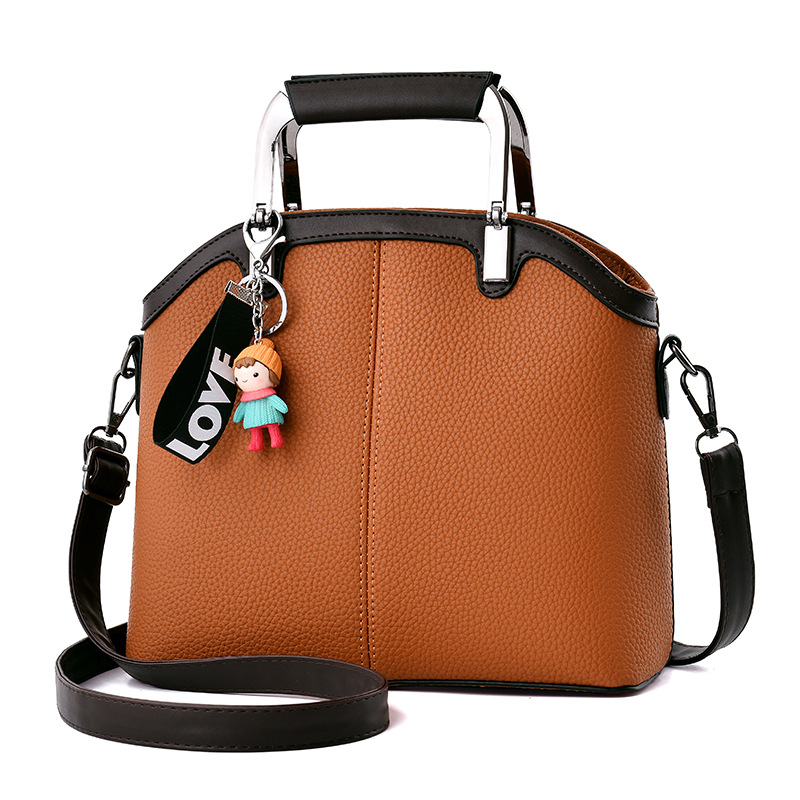 2017 New Women 's Handbag PU Leather Shoulder Slung Simple Fashion Classic Hand Bag