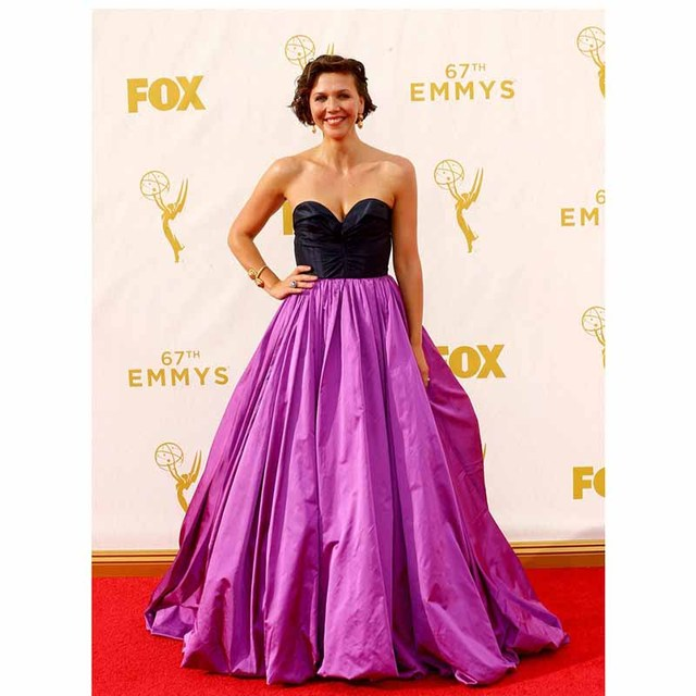 Maggie Gyllenhaal 67th Emmy Awards Red Carpet Dresses Purple Taffeta