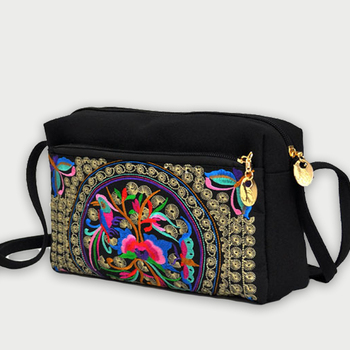 Casual New Women Chinese Style Crossbody Bag Ethnic Embroidered Shoulder Bags Lady Canvas Mobile Phone Small Coins Purse Bags etaill chinese embroidery single messenger bag women s fashion leisure crossbody bag canvas ethnic boho embroidered women bag