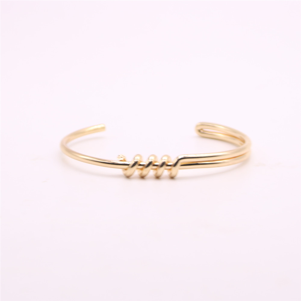 Smooth circle bangles for girls Twisted lines women bangles Retail and wholesale mix Free shipping
