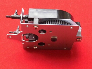 1PC Solvent Pump for Roland SC540 545 SJ 540 640 645 740 745 SJ 1000 1045 XJ 540 640 solvent pump printer series: XC XJ SC SJ VP roland sj 640 xj 640 l bearing rail block ssr15xw2ge 2560ly
