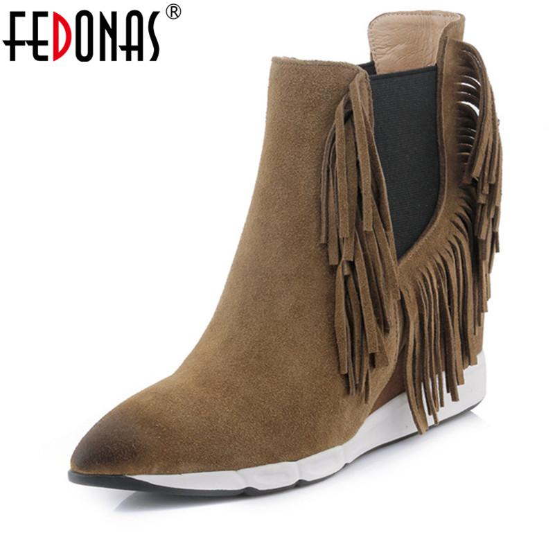 FEDONAS Brand Women Boots Female Autumn Winter Tassels Martin Shoes Woman Warm Snow Boots Fashion Wedges High Heels Ankle Boots цена 2017