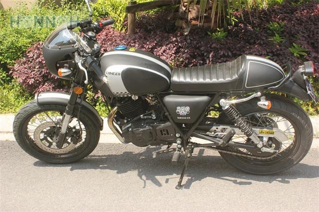 Cafe racer verkleidung mit schwarz retro for Spiegel unten motorrad