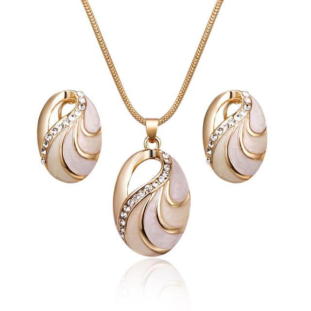 Shiny Trendy Jewelry...
