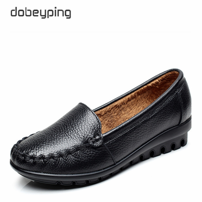 2017 New Autumn Winter Flats Shoes Woman Genuine Leather Women Shoes Moccasins Mother Loafers Warm Plush Footwear Big Size 35-43 big size 40 43 genuine leather women flats new women loafers comfortable soft bottom mother work shoes