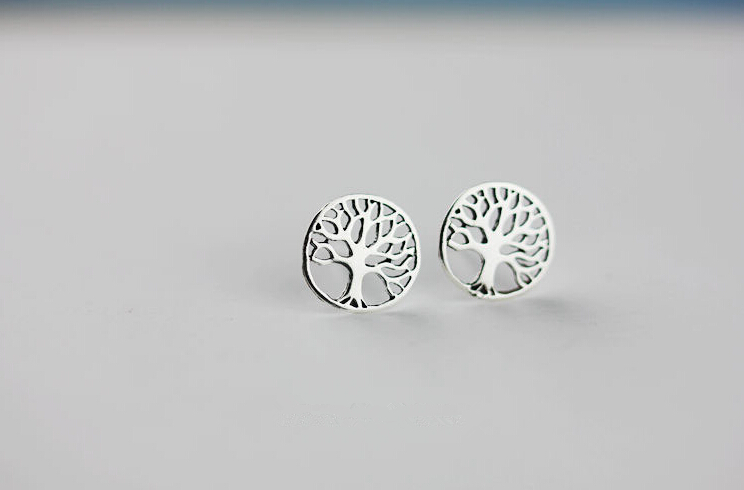 One Pairs New Fashion Stud Earrings Tree of Life Plant Earring For Women Jewelry Girl Couple Bijoux Femme