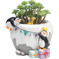 Cute cartoon penguin resin small flower pot Fun penguin mini plant small flower pot