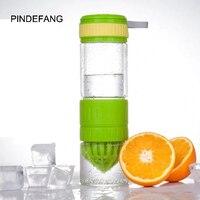PINDEFANG Creative 560ml Glass Manual Juicer With Hidden Rope Lemon Fruit Bottle Squeezer Multifunction Water Bottle Juice jug