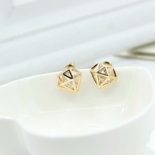 TOMTOSH 2016 New Hot Charm Womens Crystal Rhinestone Hollow Stud Earrings Pierced Gold Earings Fashion Jewelry