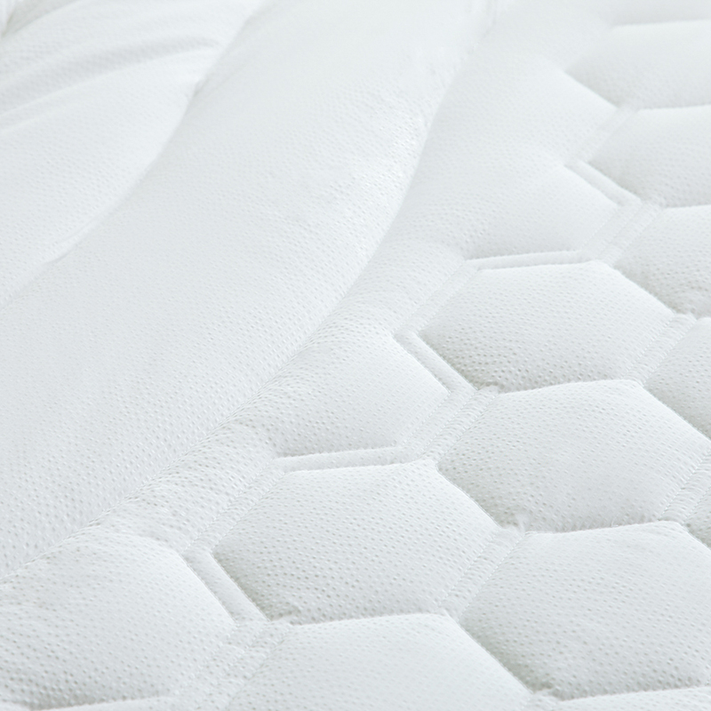 White Bed Protection Pad, Quilted Mattress Protector, Polyester Woven, Twin, Full, Queen, King 18