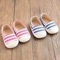 Precioso Otoño Primavera Resbalón En Azul Rosa Stripe Baby Girl Shoes para Niños Primeros Caminante Zapatos de Bebé Infant Toddler Cirb 1-18 meses