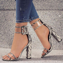 Fashion Bening Transparan Mewah