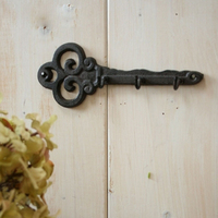 Decorative Wall Mounted Key Holder   Vintage Key With 3 Hooks   Wall Mounted   Rustic Cast Iron