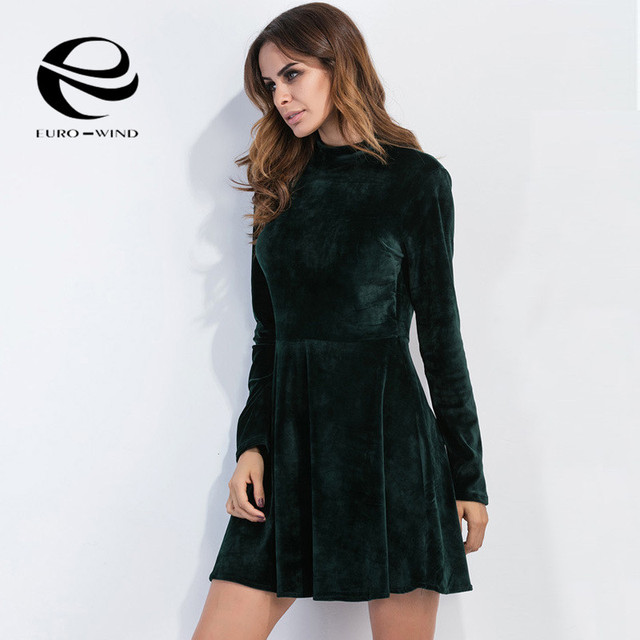 7109f5da8ea Fashion Autumn Winter Women Green Long Sleeve O-neck Velvet Dresses Office  Vintage Sexy Backless A-line Dresses Vestidos Female