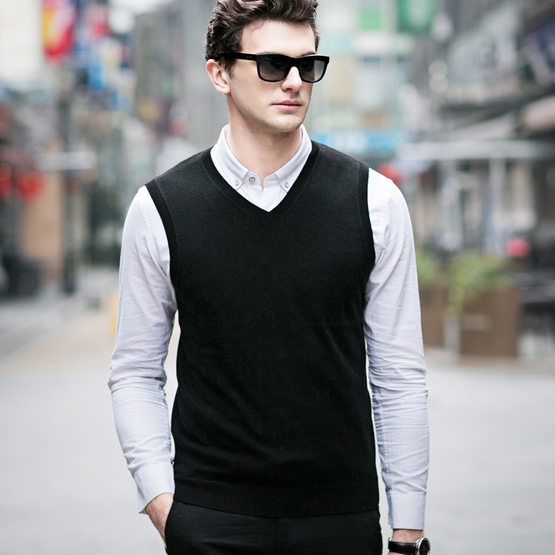 MACROSEA Men Sleeveless Sweater Vest Autumn Spring 100% Wool Knitted Vest Sweater Basic Male Classic V-Neck Tops Vest C8139