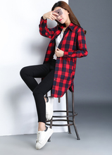 The New Spring And Summer 2017 Plaid Shirt Women Long Sleeve Shirt Long Students Coat