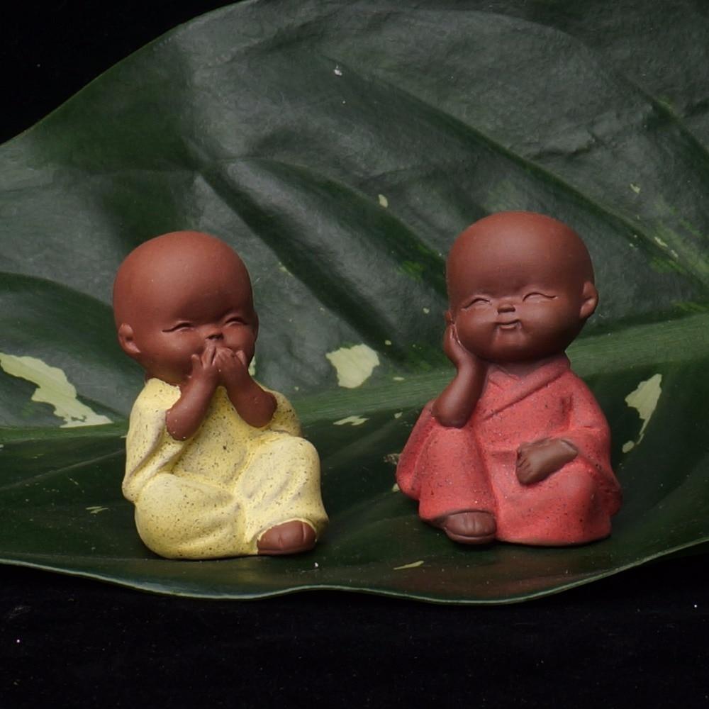 Small Buddha Statue Monk Figurine Tathagata India Yoga Mandala Tea Pet Purple Ceramic Crafts Decorative Ceramic Ornaments Monk