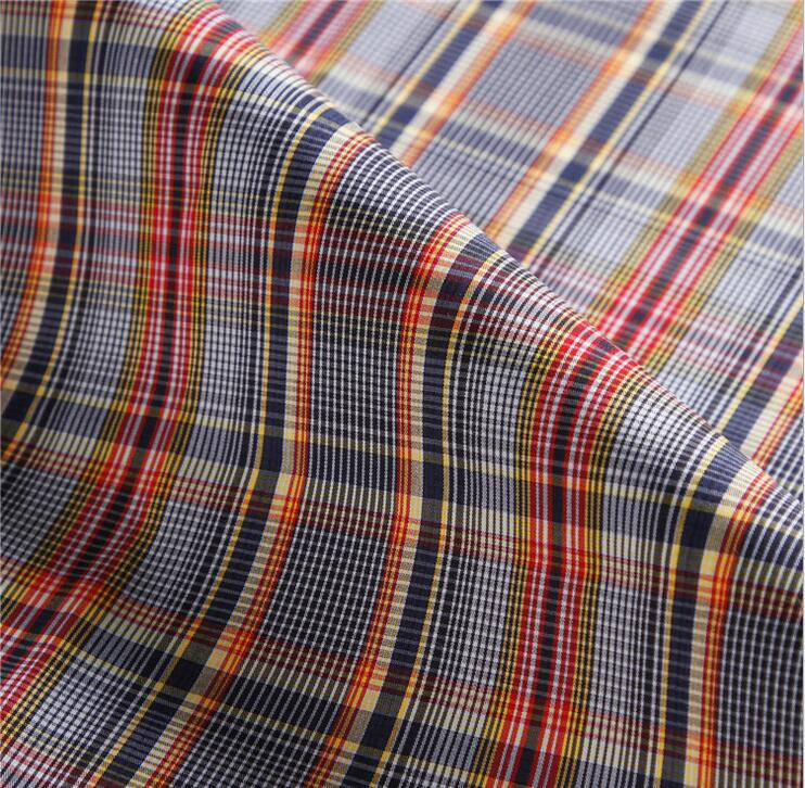 Manufacturer direct spot cotton stretch yarn-dyed grid cloth Spring, summer, stretch plaid shirt fabrics