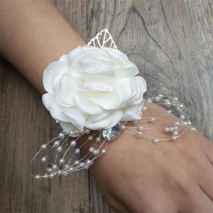Image 5 - Seide Rose Blume Bräutigam Bouton Braut Handgelenk Corsage Mann Anzug Brosche Frauen Hand Hochzeit Blumen Party Dekoration XF08