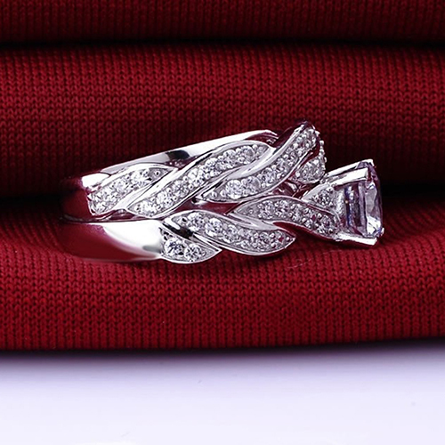 2 Pcs Rhinestone Engagement Ring