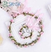 2 set/partij Mooie roze en geel hoofdband polsband wedding accessoire kunstbloemen handgemaakte kant decoratieve kransen