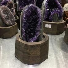 Cristal de cuarzo con agujero de amatista púrpura Natural de 640g, con soporte