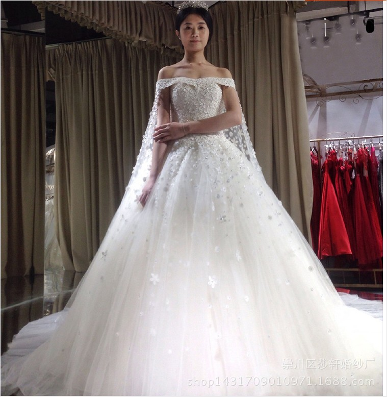 Watteau Train Top Quality Beaded Wedding Dress Applique Satin Long Bride Dress Pakaian Pengantin
