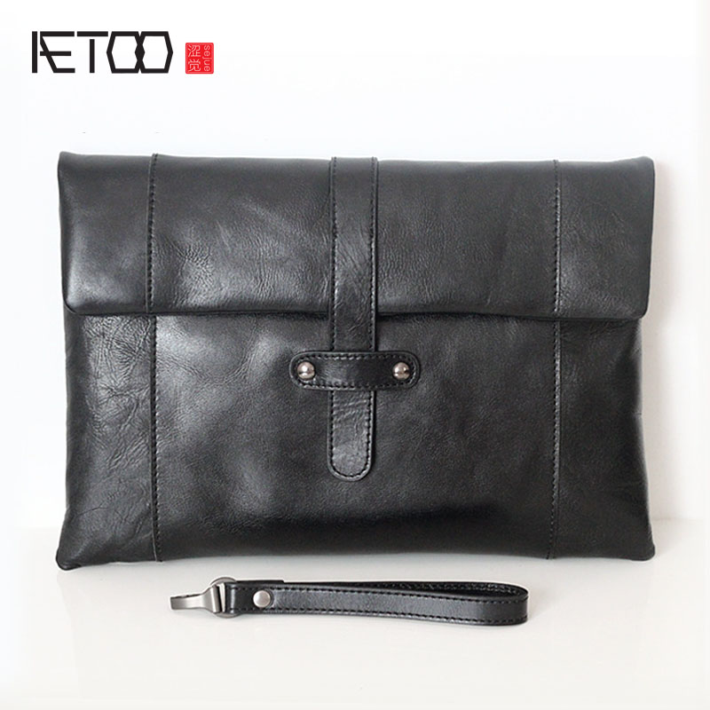AETOO The first layer of large leather handbags men and women common flat computer bag Korean leather hand bag men s leather oblique cross chest packs of the first layer of leather deer pattern men s shoulder bag korean fashion men s bag