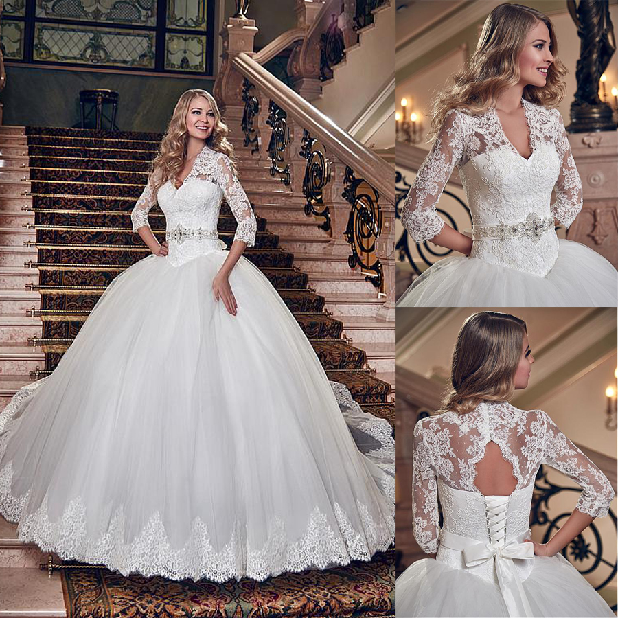 Glamorous Tulle V-neck Neckline Ball Gown Wedding Dress With Lace Appliques Three Quarter Sleeves Bridal Gowns Vestido Festa