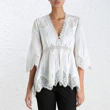 VogaIn 2016 Runway White Linen Shirt V-neck stitching Lace Crochet Flowers Embroidery Hollow Out Pleated Top 3/4 Flared Sleeved